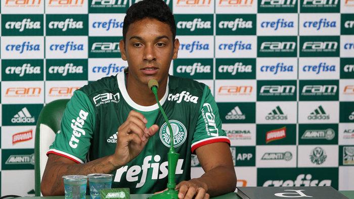 Antônio Carlos chega para reforçar a defesa do Verdão nesta temporada. (Cesar Greco/Ag.Palmeiras/Divulgação)