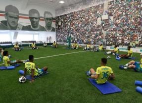 Tarde do Verdão tem circuito de exercícios no centro de excelência