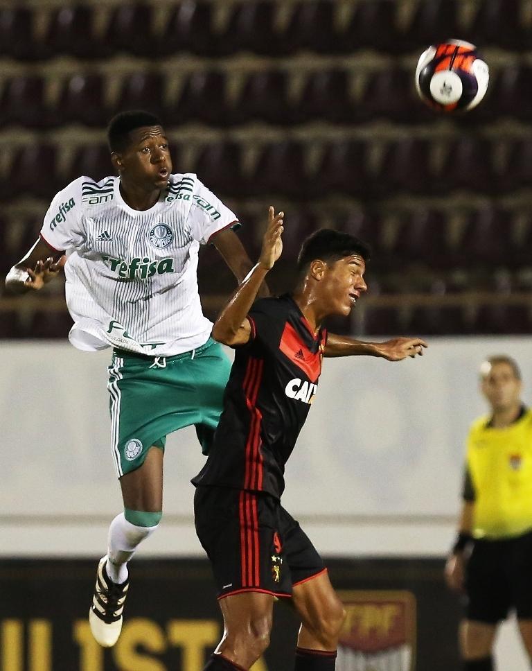 O Verdão criou inúmeras chances de gol no primeiro tempo, mas não conseguiu abrir o placar. (Fabio Menotti/Ag Palmeiras/Divulgação)