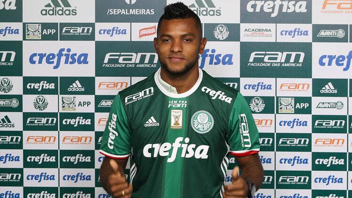 O atacante Borja recebeu a camisa 12 do Verdão. (Cesar Greco/Ag.Palmeiras/Divulgação)