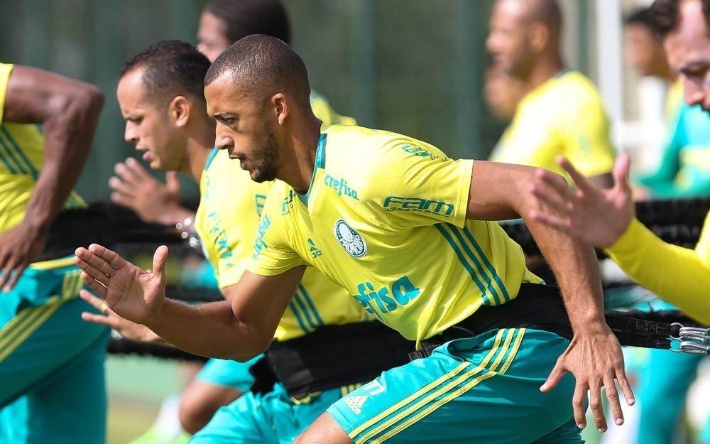 Verdão realizou na manhã desta sexta-feira (09) uma atividade tática em preparação ao duelo com o Ituano. (Cesar Greco/Ag Palmeiras/Divulgação)