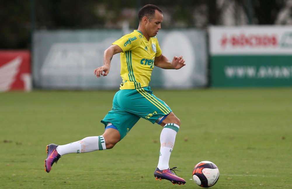 Guerra atuou nas duas etapas do jogo-treino desta segunda (06). (Cesar Greco/Ag Palmeiras/Divulgação)