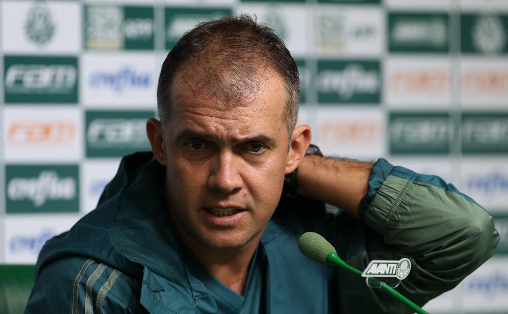 Em 17 jogos no comando do Verdão, Eduardo soma dez vitórias. (Cesar Greco/Ag. Palmeiras/Divulgação)