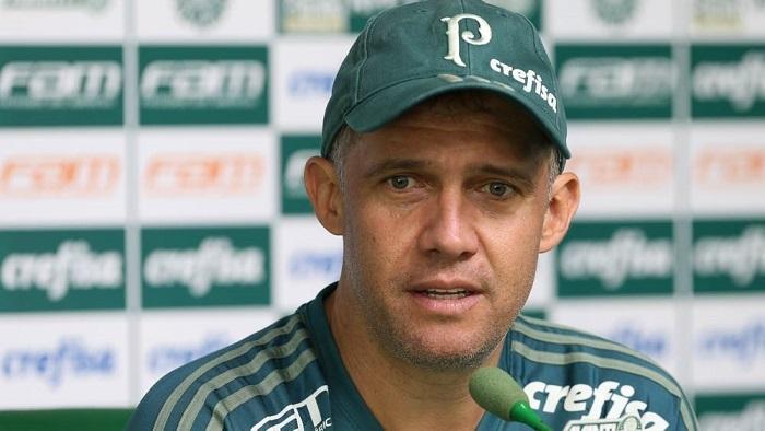 Eduardo Baptista relembrou viradas improváveis e disse acreditar em preparo para enfrentar a Ponte Preta neste sábado (22). (Cesar Greco/Ag.Palmeiras/Divulgação)