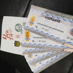 Palmeirenses esgotam ingressos para duelo com Peñarol no Uruguai